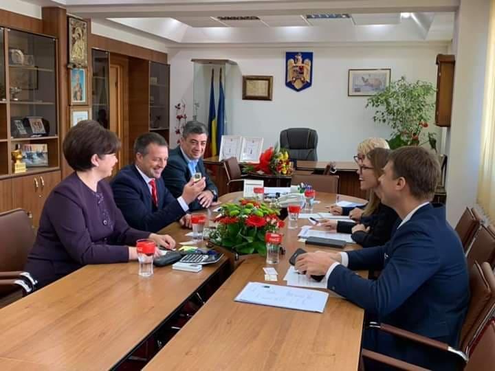 Viorel Marian Dragomir, Francisk Iulian Chiriac, Swantje Kortemeyer, șefa Secției Economice a Ambasadei Germaniei în România și a domnului Sebastian Metz