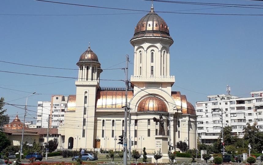 Catedrala (2)