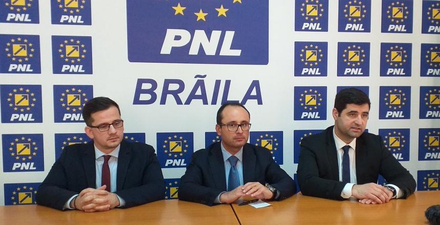 Sedință PNL - Cristian Bușoi, Alexandru Dănăilă, Adrian Tabarac